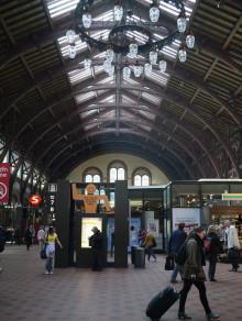 北欧インテリア&雑貨、ファブリックのルネ・デューブログ-コペンハーゲン中央駅内観